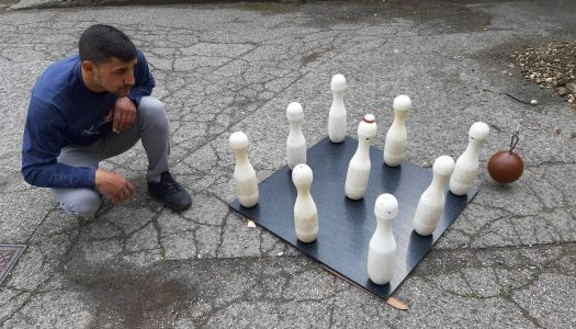 Setting up Russian Bowling